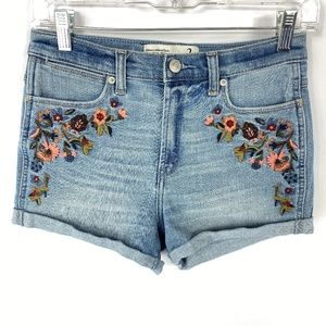 Abercrombie & Fitch High Rise Shorts Floral